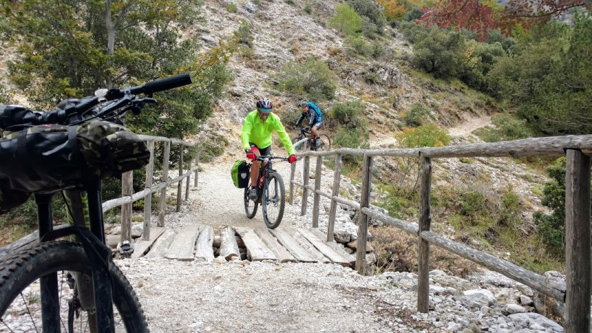 itinerario in mountain bike impegnativo