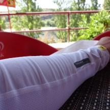 As mangas com proteção UV que uso nas viagens, para evitar o uso de protetor solar