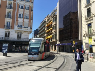Novidades en Zaragoza coma o tranvía