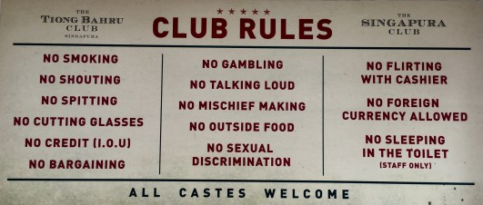 Prohibicións ao estilo Singapur nun club da calella Haji Ln da zona de Arab Street