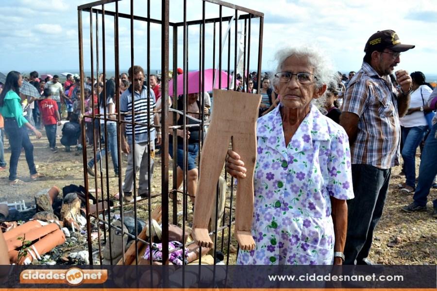 Dona Maria do Carmo, pagadora de promessa