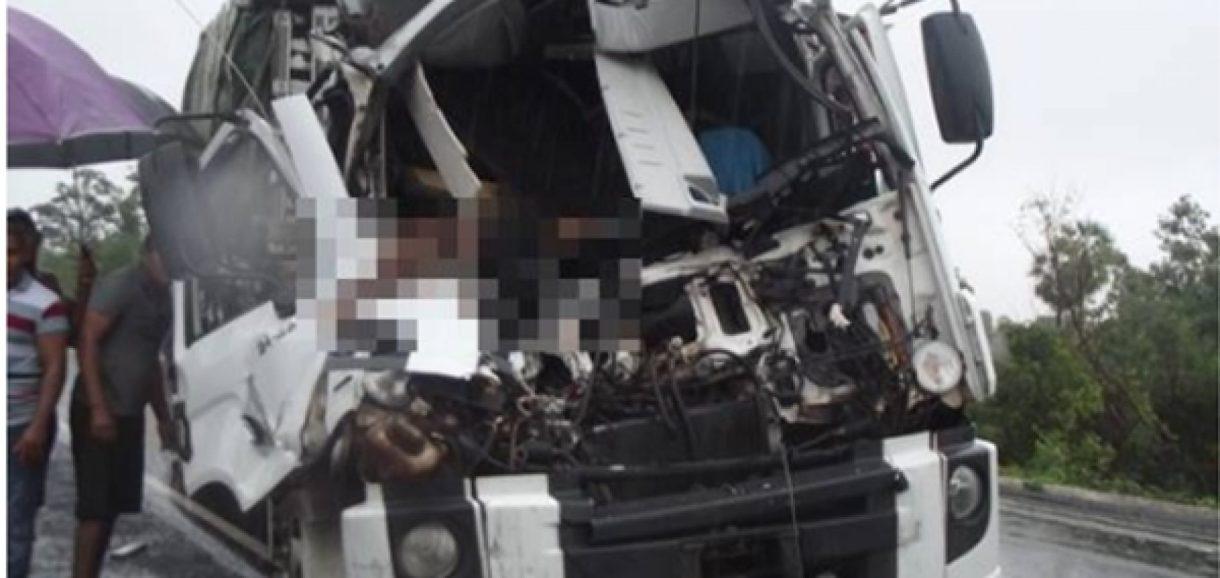 Homem morre após forte colisão entre veículos na BR-230