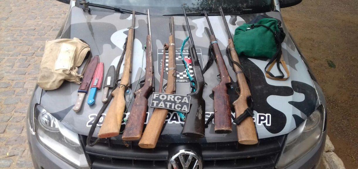 Suspeitos de furtar mais de 40 ovelhas são presos com arsenal de armas em Curral Novo do PI