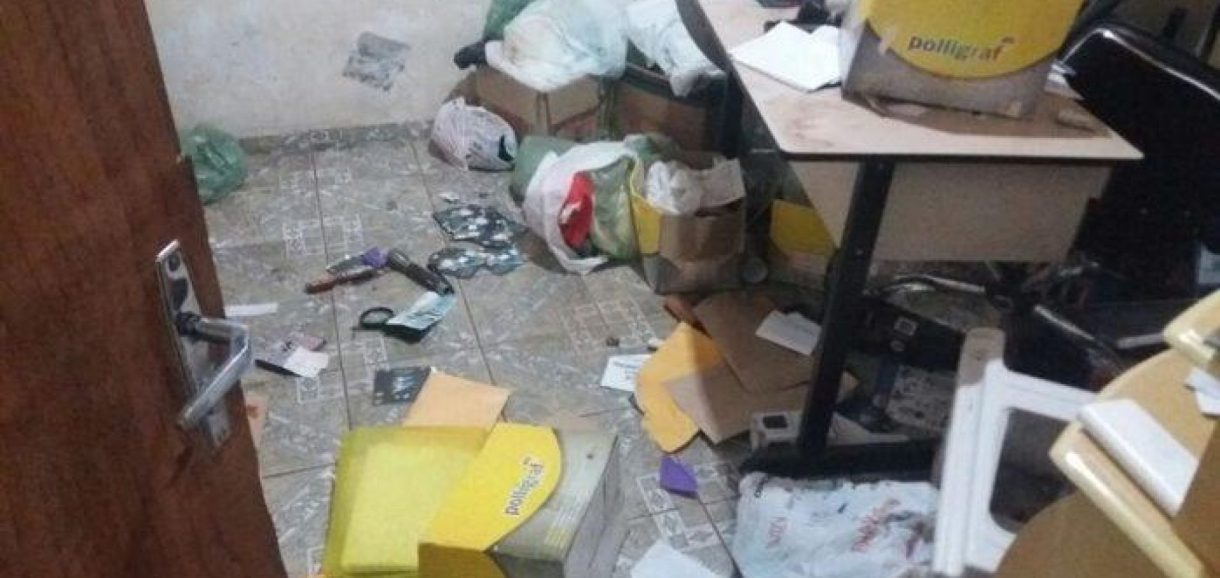 Bando invade casa de empresário e rouba cofre com R$ 18 mil