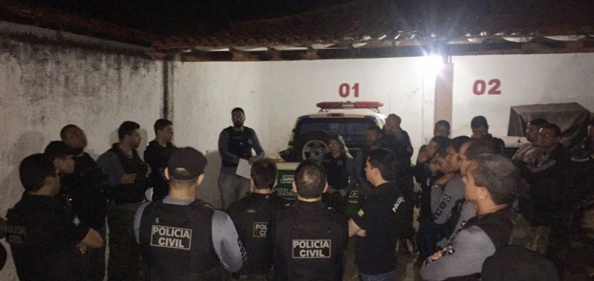 Policial civil e servidor de prefeitura são presos em operação contra o tráfico de drogas no Piauí