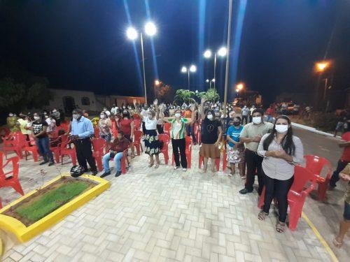 Dia do Evangélico: Prefeito Fernando Teixeira entrega Praça da Bíblia à população em Cidelândia
