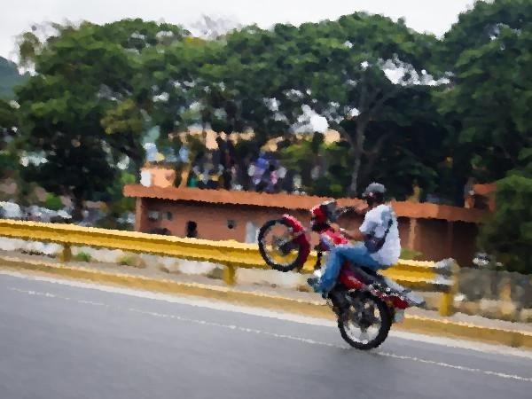 Hacia los primeros juegos extremos de motorizados en Venezuela