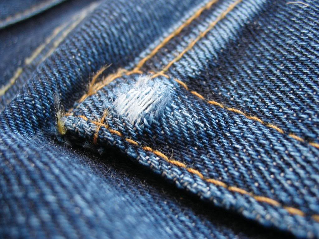 Santos de calças de ganga – uma vocação