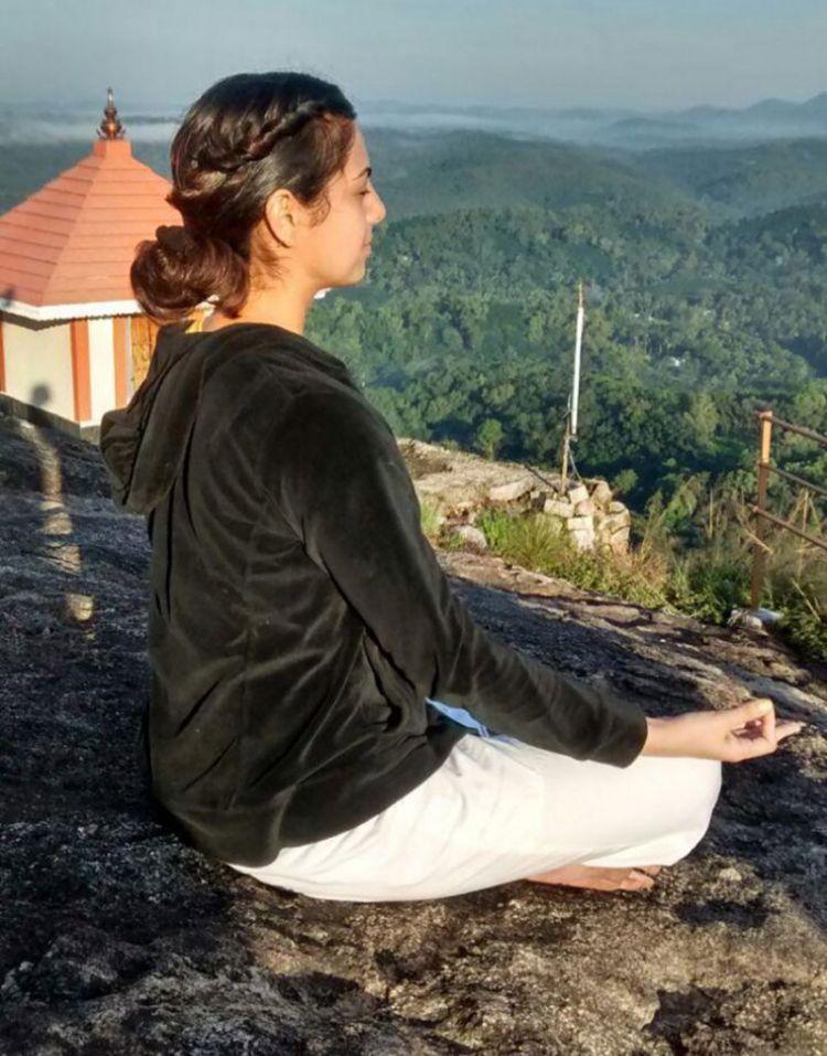 Ishleen - Mais um Gravíssimo Caso de Abuso no Yoga
