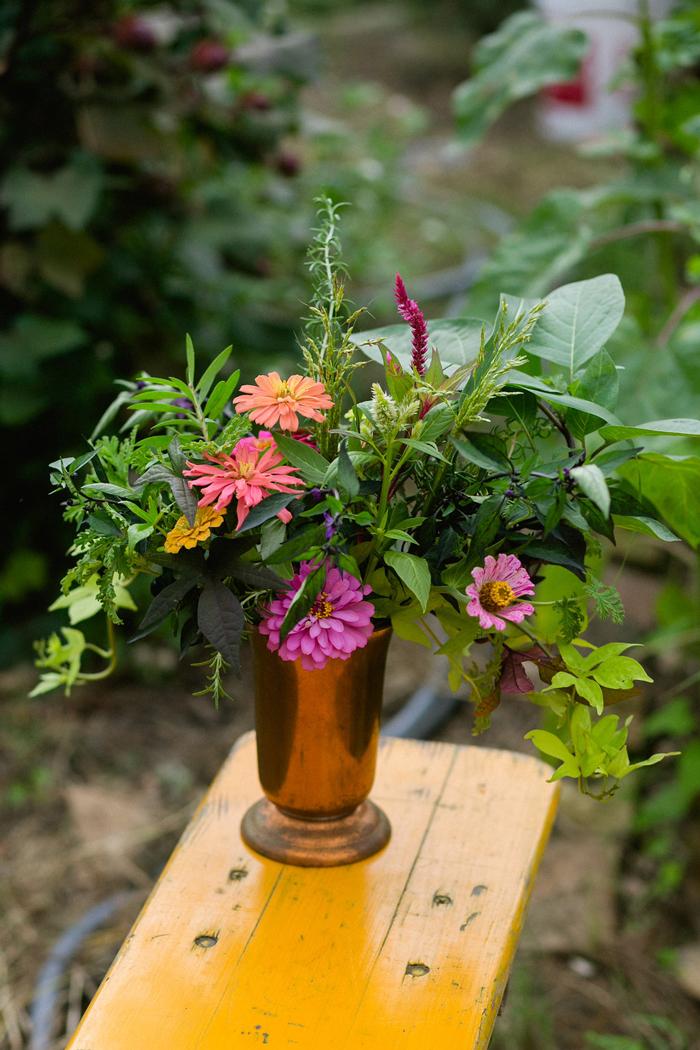 floral workshop meet up arrangement