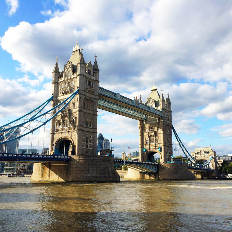 Travel Guide London Bridge