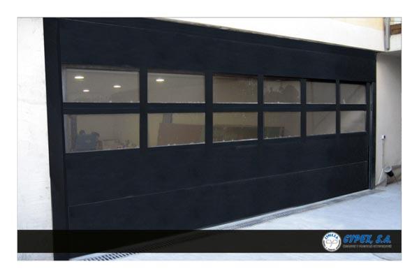 Puertas seccionales de garaje de cypex s a - Puerta de garaje seccional ...