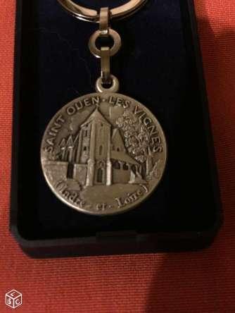 Médaille de St Ouen les Vignes 2
