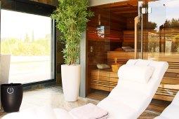 mas-cigales-alpilles-jardin-spa-chambre-hote-sauna