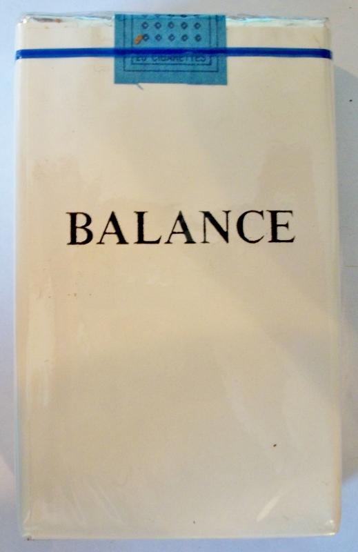 Balance, King Size - vintage L&M Trademark Cigarette Pack