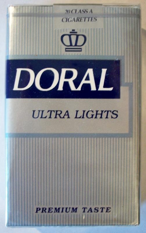 Doral Ultra Lights, Premium Taste, King Size - vintage American Cigarette Pack