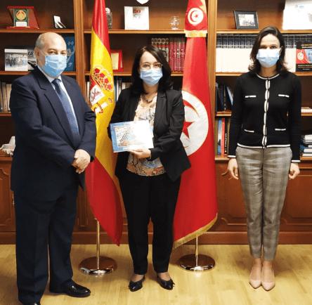 Primera entrevista con la embjadora de Túnez 1