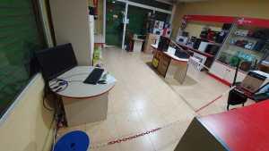 interior tienda informatica 01 (2)