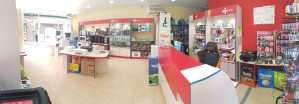 interior tienda informatica 02