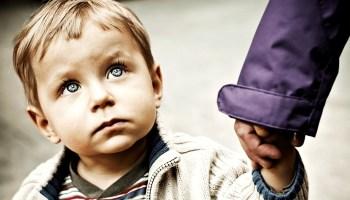Як ввічливо пояснити жінці, що я не хочу і не буду вкладатися в чужу дитину? Я не жадібний і непогано заробляю, але я не хочу витрачати свою зарплату на чужу дитину! Я хочу свою!
