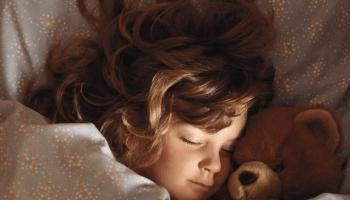 Один з найкращих моментів в житті — це коли до тебе серед ночі приходить, і притискається до боку теплий клубочок щастя