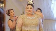 Щоб підкреслити всю красу нареченої, її сім'я не пошкодувала 200 тисяч доларів на весільну сукню