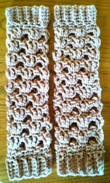 http://crochetncrafts.com/picot-baby-leg-warmers/