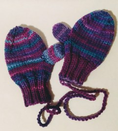 https://cillastitches.wordpress.com/2017/02/14/toddlers-mittens/