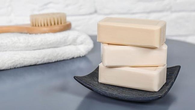 Corona virüsünden korunma: Sabun, el jelinden daha mı etkili