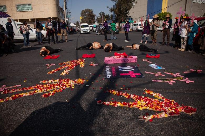 madres-de-vctimas-y-colectivas-del-edomex-le-hacen-frente-a-la-injusticia-y-el-feminicidio_49128366311_o