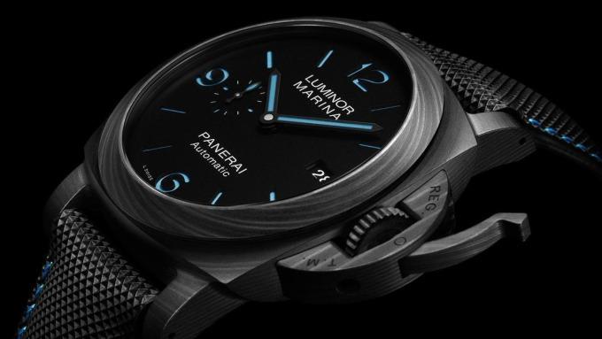 【新錶訊息】沛納海的藍 是這個藍!Luminor Marina Carbotech材質顏色新組合   Anue鉅亨 - 雜誌