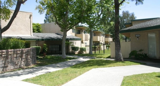 The Palms Apartments 28 Reviews Rowland Heights Ca