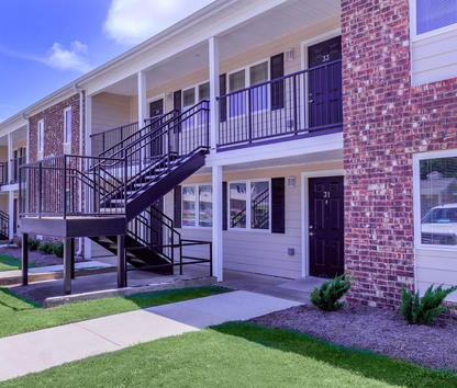Reviews   Prices for Elliston Place  Arkadelphia  AR Image of Elliston Place  formerly Ross Apartments  in Arkadelphia  AR