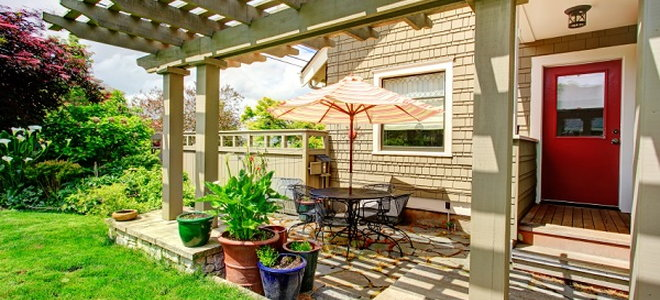 designing and building a patio roof
