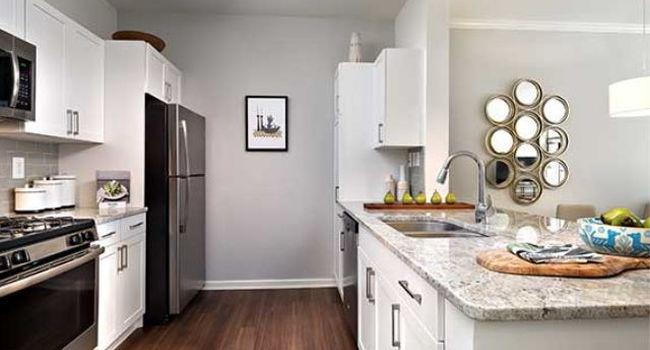 Avalon At Edgewater 52 Reviews Nj Apartments