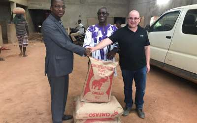 CIMFASO OFFRE DU CIMENT ELEPHANT A L'ASSOCIATION POUR LE SALUT DES PERSONNES HANDICAPEES DE LA VUE DU BURKINA-FASO