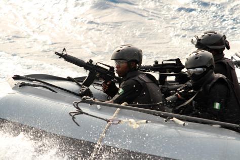 Nigerian Navy SBS team (Photo: German Navy/Steve Back).