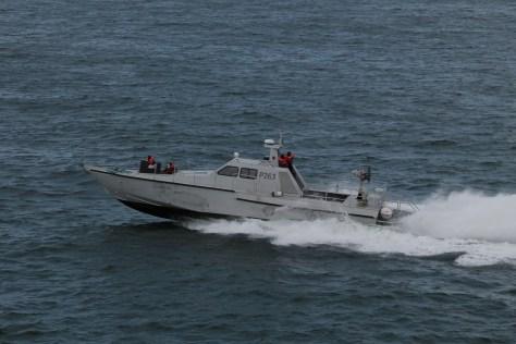 P 263 Suncraft Manta escort for HAM