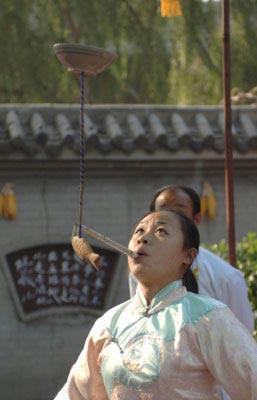 Acrobati cinesi