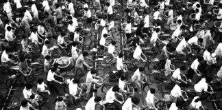 010cina-bici-30 anni di riforme in Cina