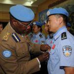 Medaglia d'onore ai caschi blu cinesi
