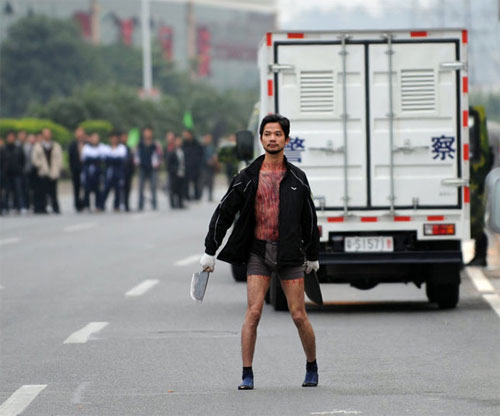 cinese con mannaia