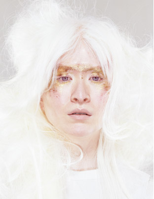 Connie Chiu modella albina