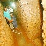 Un uomo di Zhengzhou si scava la casa sottoterra (video)