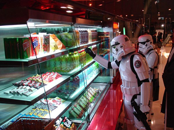 Life_of_a_Chinese_Stormtrooper-08