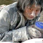 10 lavoratori malati psichiatrici liberati da un campo di lavoro forzato nel Xinjiang