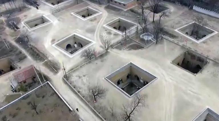 villaggio sotterraneo