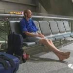 L'uomo olandese che ha passato 10 giorni in aeroporto aspettando una donna, è stato ricoverato