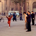 1970s. Shanghai. Bund. Esercizi mattutini.