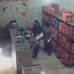 Un ubriaco fa esplodere un negozio di fuochi d'artificio in Cina